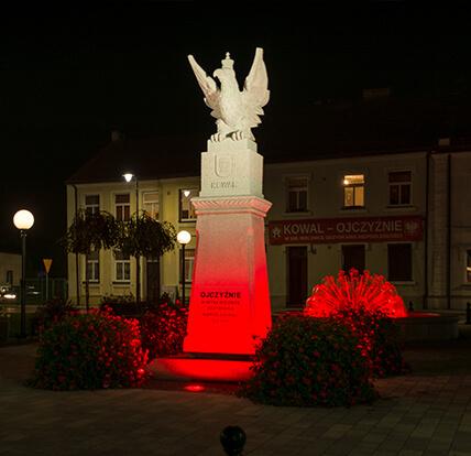 MProjekt Technika Świetlna, Pomnik Niepodległości, Kowal